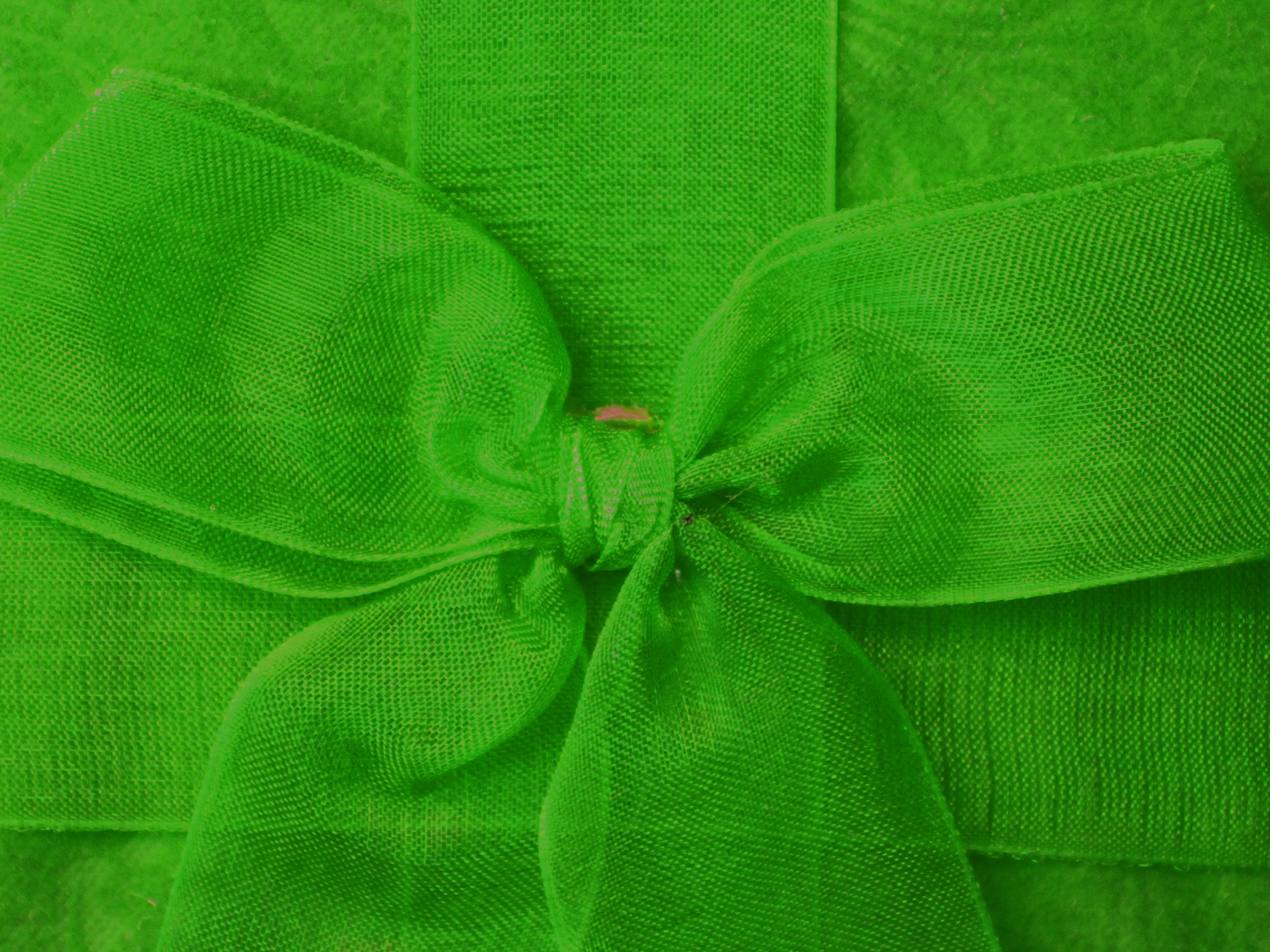 The green ribbons PPT Backgrounds